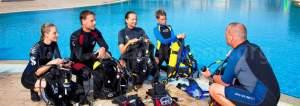 bg-dive-instructor